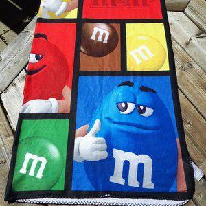 M&M Blanket Throw Fleece NWOT M&M's World Stadium